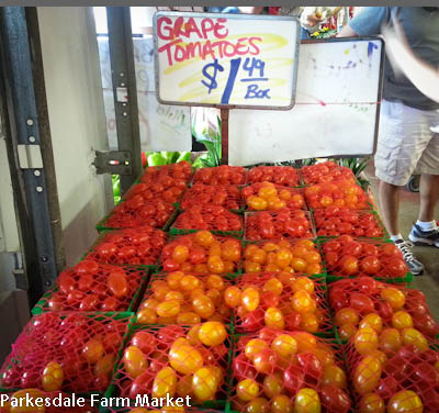 Grape tomatoes for tomato salads