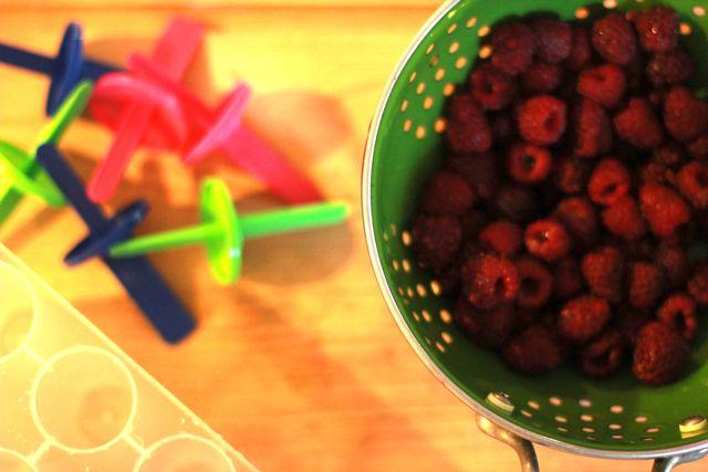 chocolate raspberry popsicles